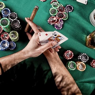 Die schönsten Casinos in Österreich Bild oben unsplash.com, Damir Spanic