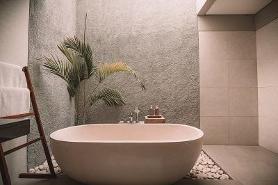 Fünf Tipps um das eigene Badezimmer in eine Wohlfühl Oase zu verwandeln Bild oben