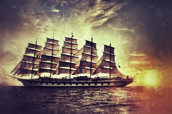 "Bootscharter Bild oben piqs.de, Scott Anderson, ""Royal Clipper at sunset"" (CC BY 2.0 DE)"