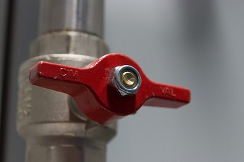 Richtig reagieren bei Wasserschäden Ratgeber Bild mittig-oben pixabay.com: Martinelle
