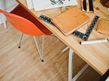 Sicherheit und Sitzqualität am Arbeitsplatz Bild oben